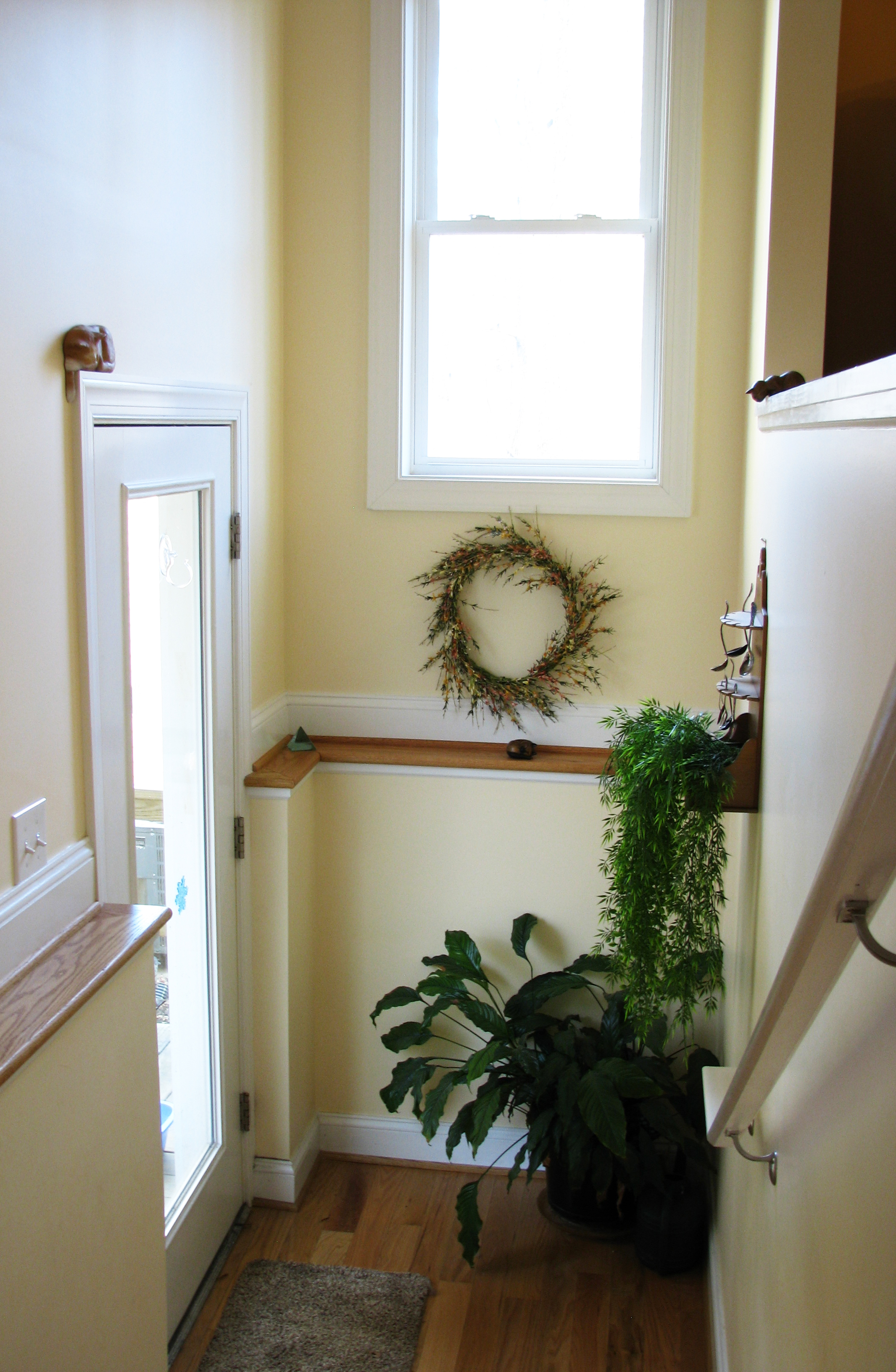 Stairwell-good_IMG_0442_cropped